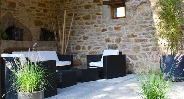 Garden furniture of the guest house